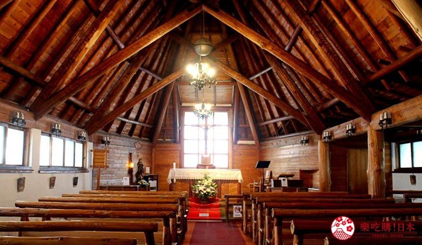 日本長野輕井澤一日遊必去人氣景點「聖保羅天主教堂」室內一景