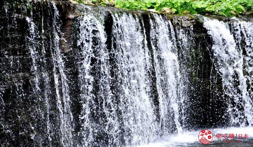日本長野輕井澤一日遊必去人氣景點魄力十足的白絲瀑布