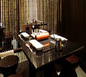位於銀座地區,能一次吃遍日本三大和牛的和牛涮涮鍋店「銀座しゃぶ輝」隱密用餐環境