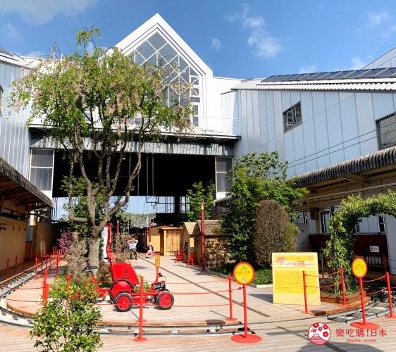 輕井澤一日遊最強交通指南之輕井澤車站的「森林小松鼠」廣場的迷你列車