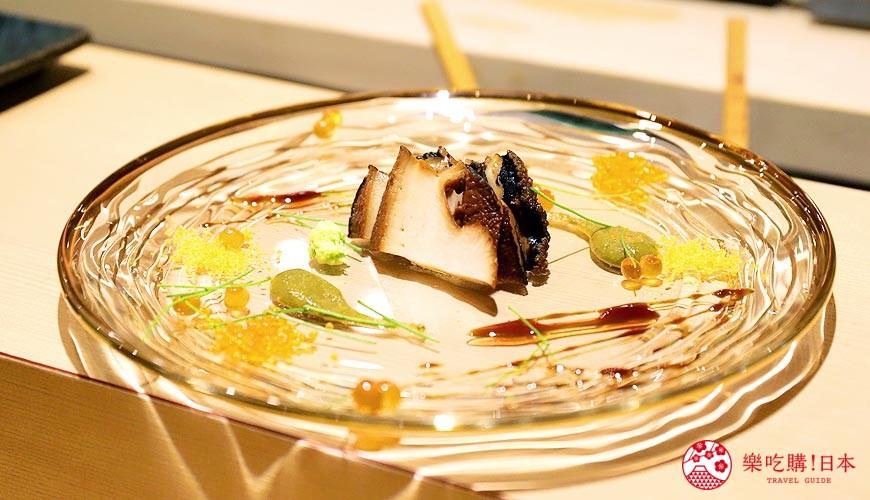 東京新宿歌舞伎町高級壽司店推薦「鮨佐和」的清蒸鮑魚