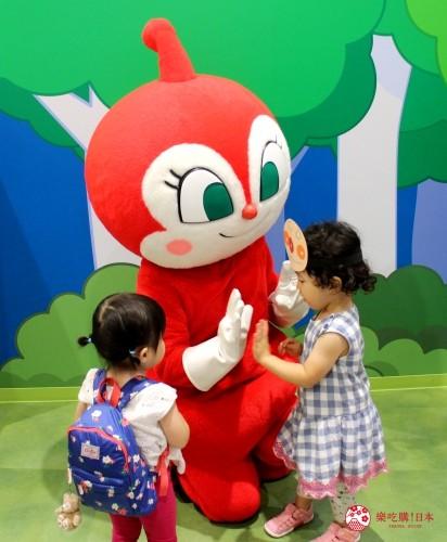 橫濱麵包超人兒童博物館小病毒拍照
