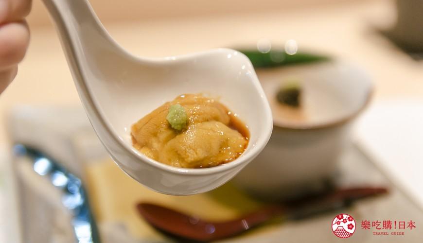 東京惠比壽高級壽司店推薦「鮨 おぎ乃」的海膽試吃照片