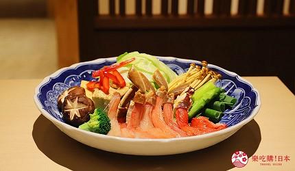 東京神樂坂必吃螃蟹會席料理「美山 神樂坂」的美山套餐(美山コース)的蟹腳火鍋