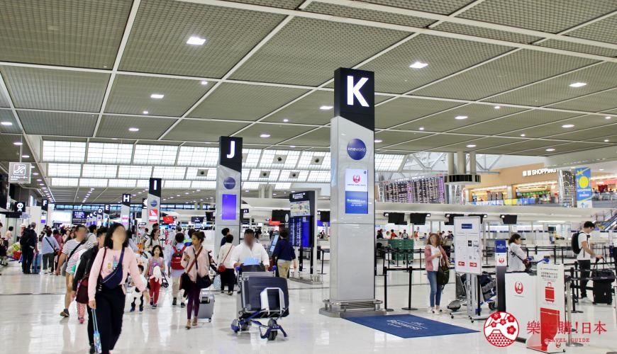 日本東京成田機場離境大堂及部分商舖