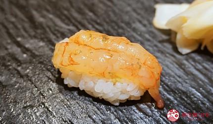 東京上野必吃高級壽司店「すし尽誠」的「おまかせコース」的甜蝦壽司