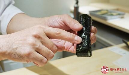 東京上野必吃高級壽司店「すし尽誠」的「おまかせコース」的鮪魚海苔捲壽司