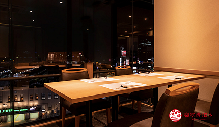 東京上野必吃高級壽司店「すし尽誠」的座位可以欣賞上野夜景