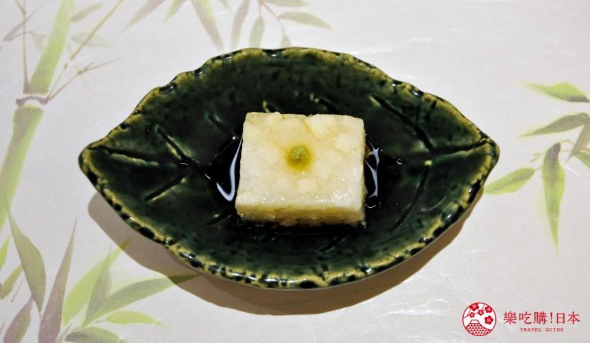 東京高質感壽司店推薦「赤坂 鮨葵」的「おまかせ握りコース」的山藥羹(山芋羹)