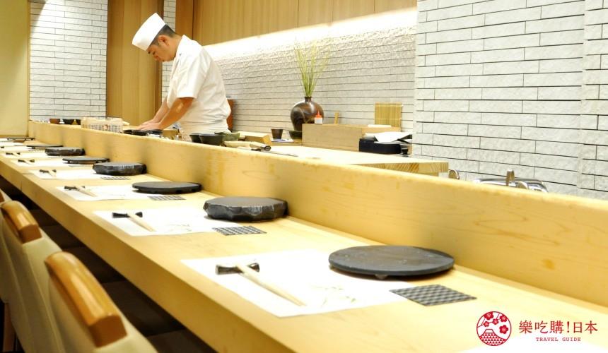 東京高質感壽司店推薦「赤坂 鮨葵」的吧檯座位