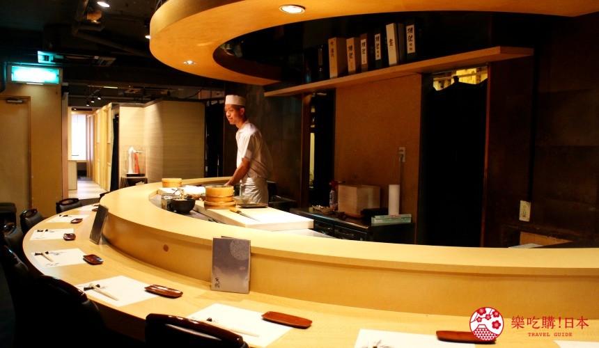 東京高級壽司店推薦「天鮨」的用餐吧台