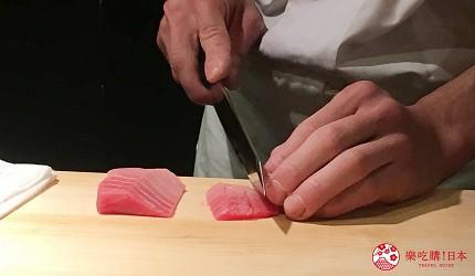 東京高級壽司店推薦「天鮨」的「特上無菜單握壽司+喝到飽套餐」(飲み放題付き、特上おまかせ握りコース)的本鮪魚與鮪魚肚