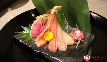 東京上野車站前超人氣居酒屋「蟹と海鮮 尊 上野店」的「VIP豪華螃蟹特餐」的涮蟹腳