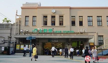 東京上野車站前超人氣居酒屋「蟹と海鮮 尊 上野店」附近的JR上野車站