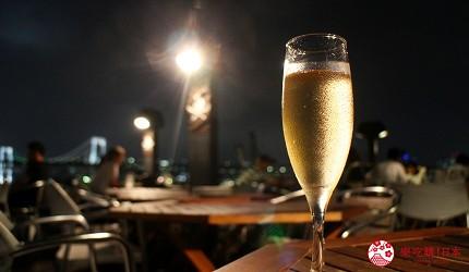 東京夜景景點推薦台場aquacity夜景餐廳kingofthepirates的香檳