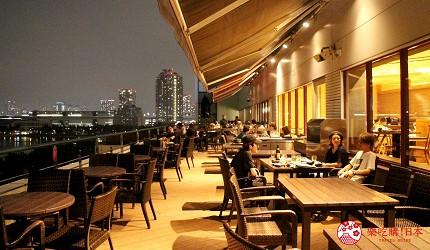 東京夜景景點推薦台場aquacity夜景餐廳響的用餐空間