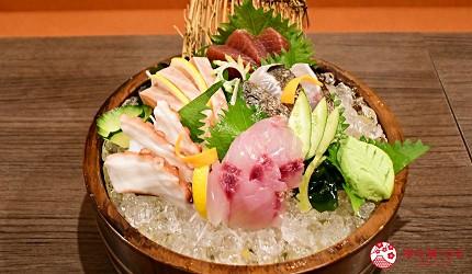 東京上野美食海鮮居酒屋推薦「酒亭じゅらく」上野店料理五種木桶生魚片刺身の桶盛り