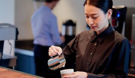 日本東京站10分鐘就到的酒店DDD HOTEL內的商務中心內亦可享用高級咖啡
