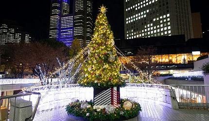 2019年去東京睇燈飾熱點西新宿illumination museum 2019Love的聖誕樹