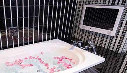 日本酒店評論家瀧澤信秋挑選的東京精品酒店排名 TOP 6 的「Hotel The Glanz 麻布十番」的浴缸照片