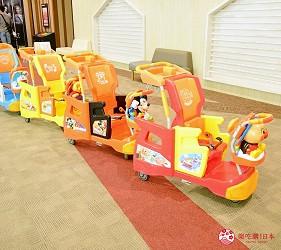 東京購物推薦aeonmall永旺夢樂城幕張新都心館內服務卡通人物兒童推車