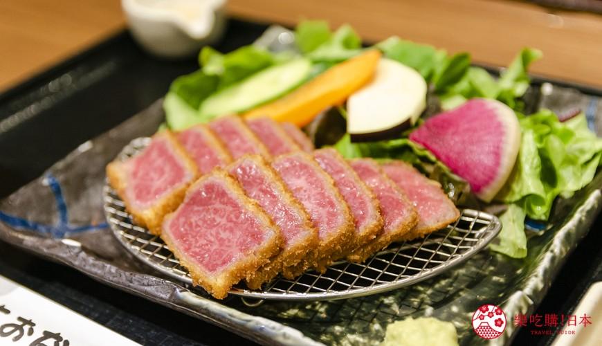 新宿必吃炸牛排专门店推荐「牛かつ あおな」的炸牛排切面