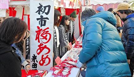 日本冬天自由行最好玩祭典松本冬日节的松本糖果市的糖果摊位
