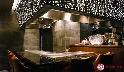 東京銀座和牛鐵板燒「しろや銀座亭」店內吧檯一景