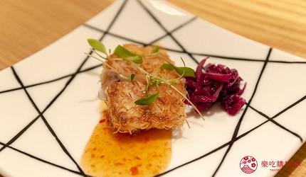 東京銀座和牛鐵板燒「しろや銀座亭」的特選開胃菜(しろや特製前菜)的鐵板烏魚膘(ボラの白子)