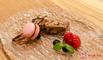 東京銀座和牛鐵板燒「しろや銀座亭」的自家製甜點拼盤(本日のデザート盛合せ)