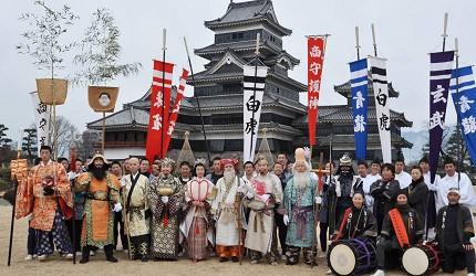 日本冬天自由行最好玩祭典松本冬日节的松本糖果市的祭典上古时服装巡游