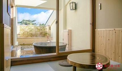 日本親子景點推薦推介箱根穿泳衣也能泡的合家歡溫泉水上樂園箱根小涌園 Yunessun的包廂溫泉可望到藍天