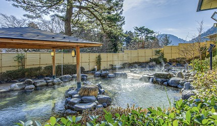 日本親子景點推薦推介箱根穿泳衣也能泡的合家歡溫泉水上樂園箱根小涌園 Yunessun的露天溫泉