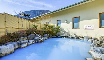 日本親子景點推薦推介箱根穿泳衣也能泡的合家歡溫泉水上樂園箱根小涌園 Yunessun的露天溫泉及建築物