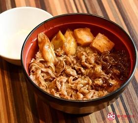 东京赏樱亲子游必到上野L'UENO吃日本最有名的速食LOTTERIA的牛寿喜烧丼